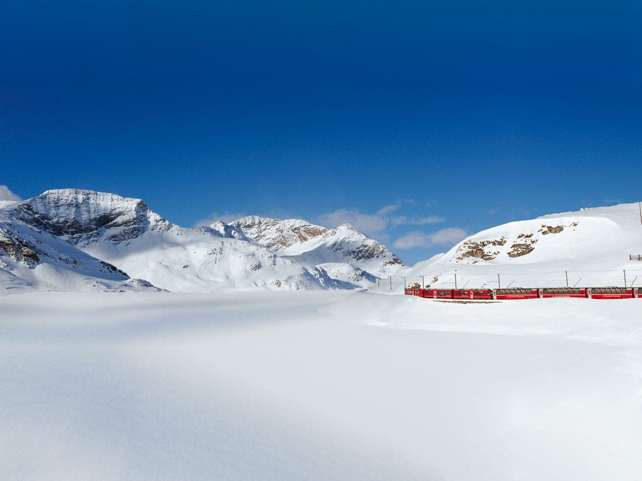 Ausflug: Bernina Express – Alpenüberquerung das ganze Jahr