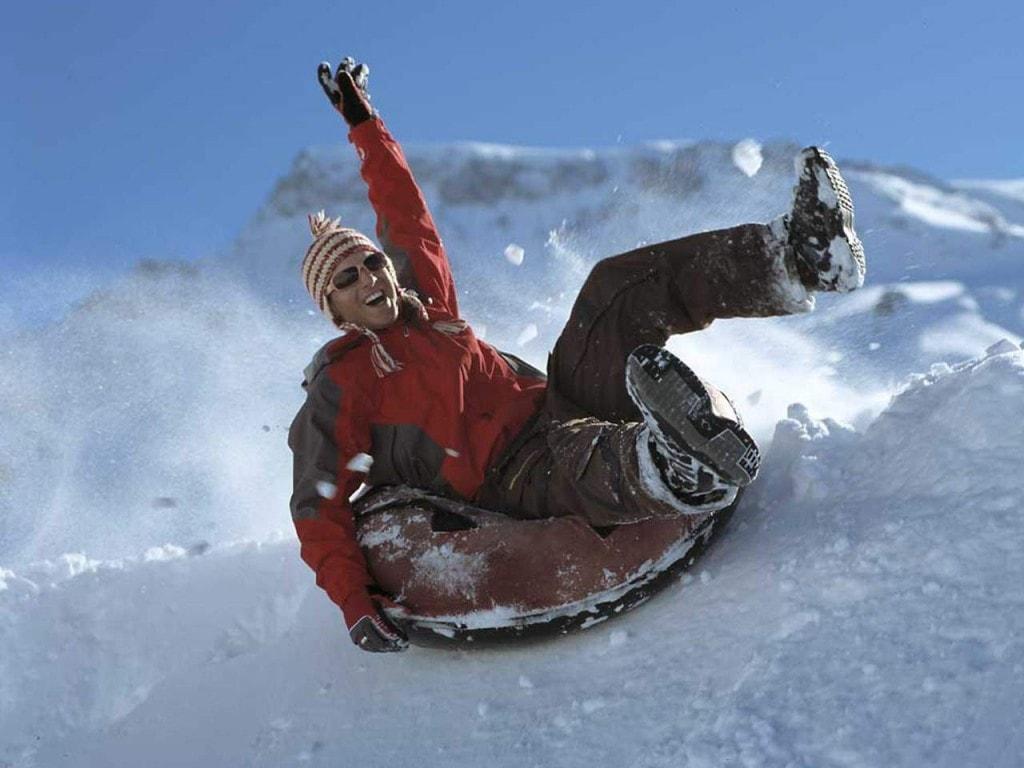 Snowtubing – mega Spass im Schnee im Berner Oberland