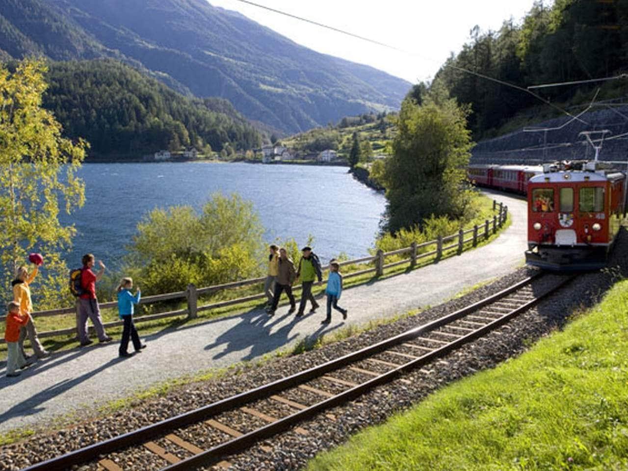 Wandern auf der Via Albula/Bernina – Entlang dem UNESCO Welterbe