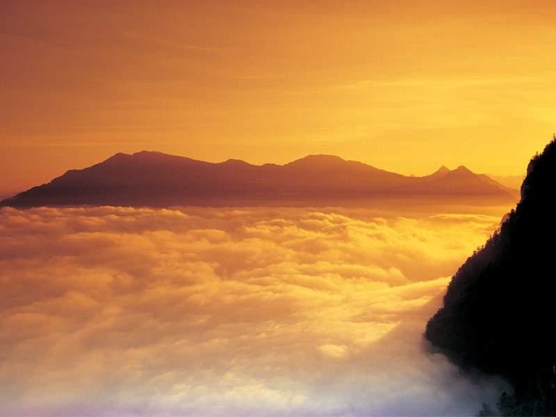 Sonnenaufgangs-Fahrt auf die Rigi