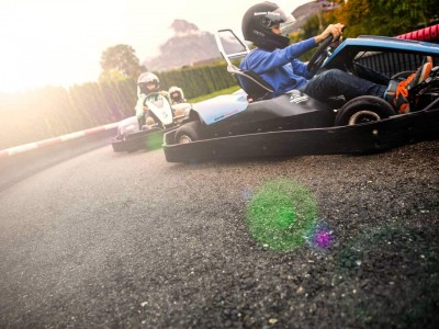 Outdoor Kartbahn – auch Gruppen-Arrangements