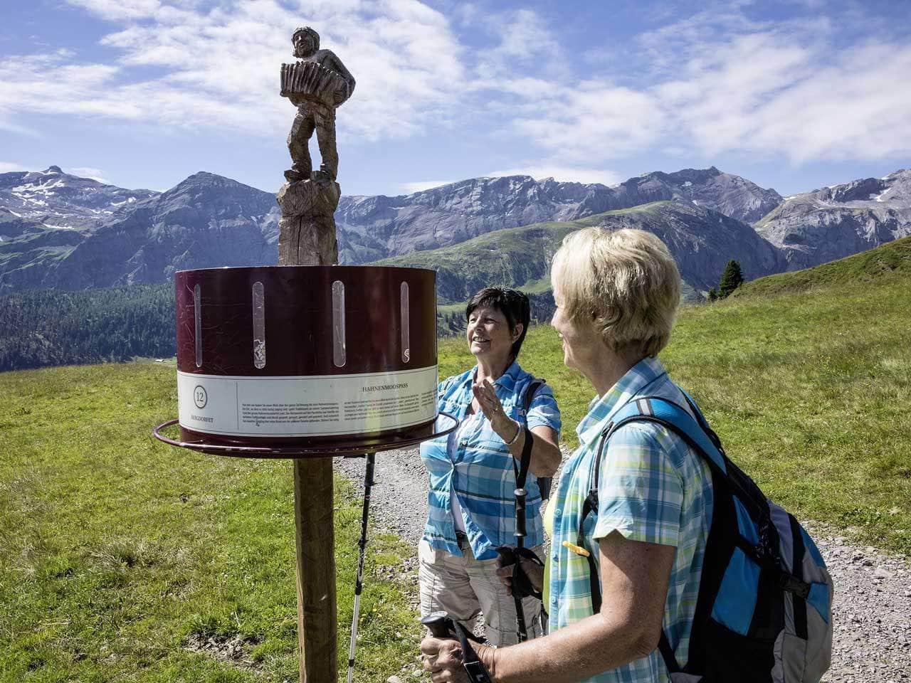 : Berner Oberland - AlpRundweg und Detektiv-Trail an der Lenk