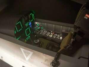Selber Kampfjet-Pilot sein – im F/A-18 Flugsimulator
