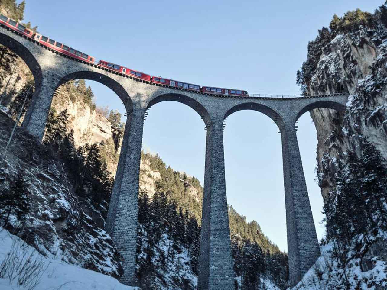 Gotthard-Bernina-Rundreise an einem Tag