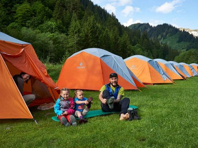 Erstes Swiss Family Camp