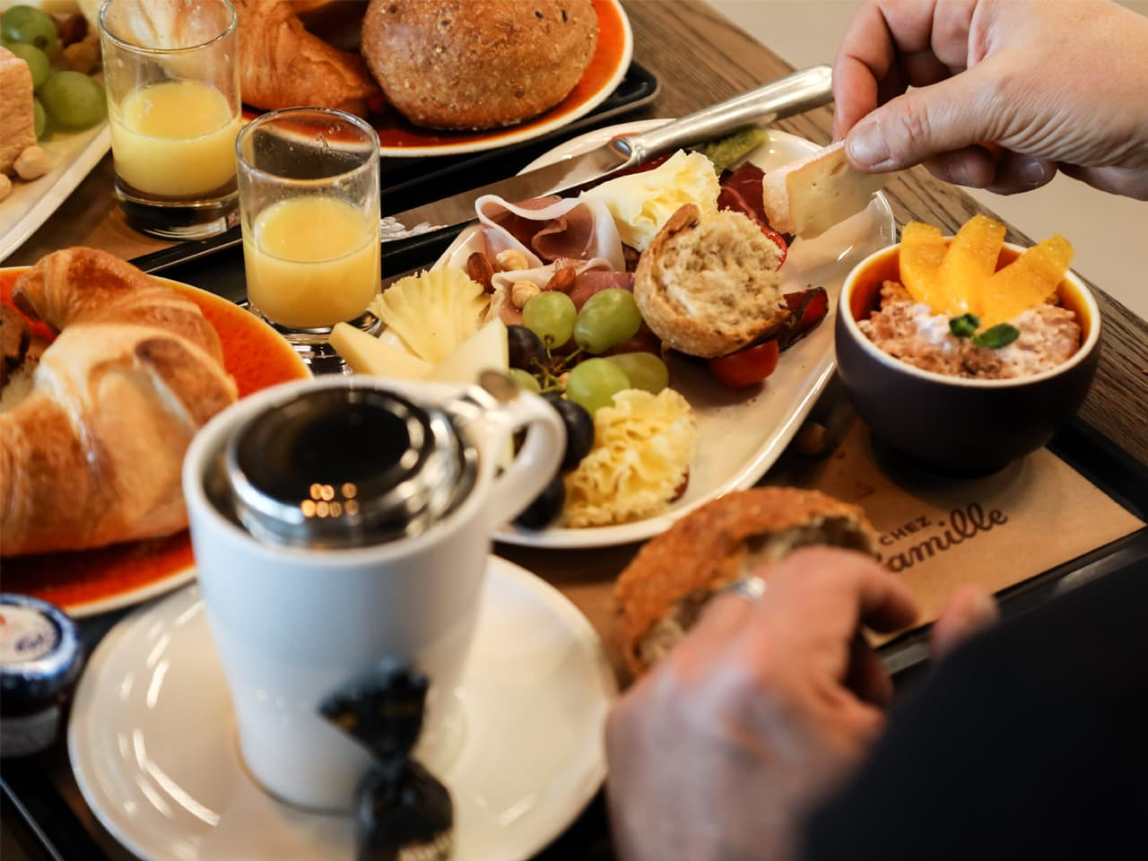 Ausflug: 1. August-Brunch CHEZ Camille Bloch